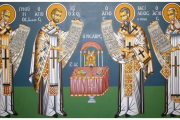 Η Θεία Λειτουργία - Πότε πρέπει να κάνουμε το σταυρό μας μέσα στην Εκκλησία